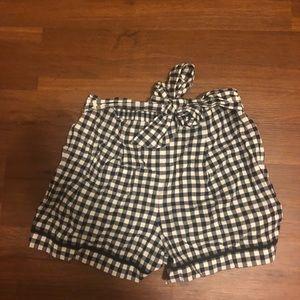 Loft gingham shorts medium NWT